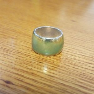 Jewelry - Sterling silver w/mint green brush ring